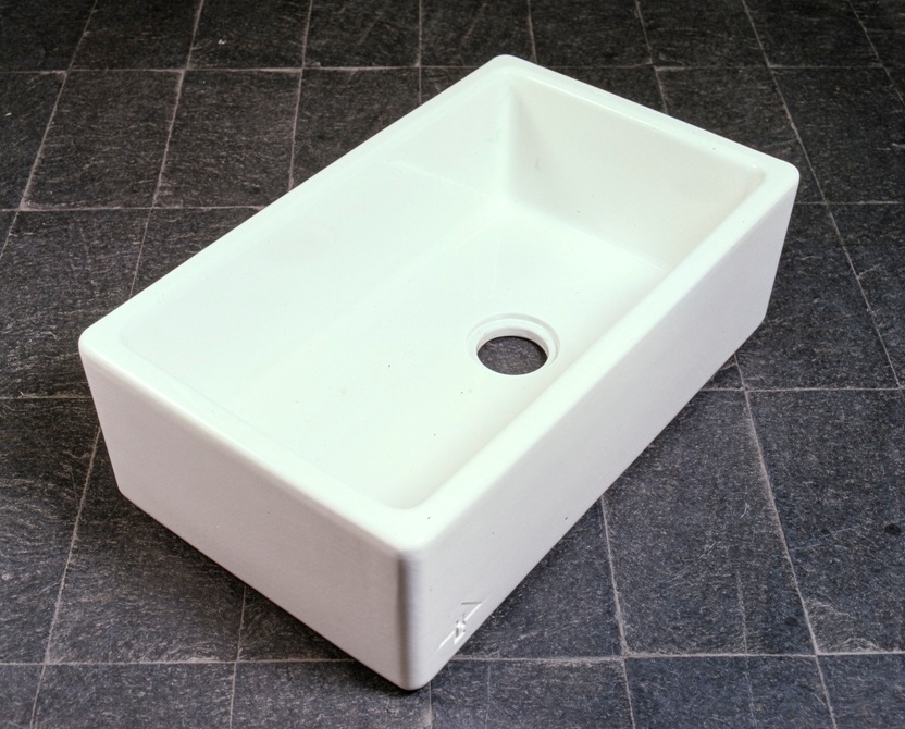 Lewis Design London - Ceramic Sink (1)