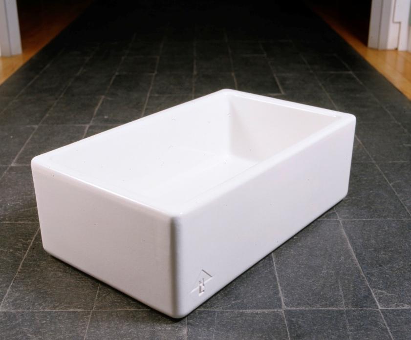 Lewis Design London - Ceramic Sink (4)