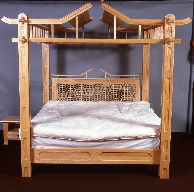 Lewis Design London - Oriental Bed (1)