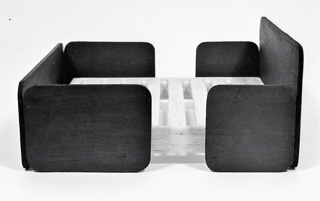 Lewis Design London - Bed (1)