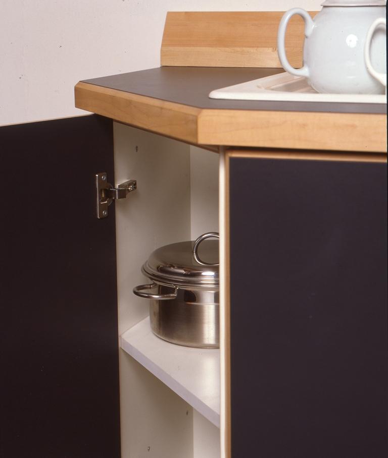 Lewis Design London - Black Kitchen (2)