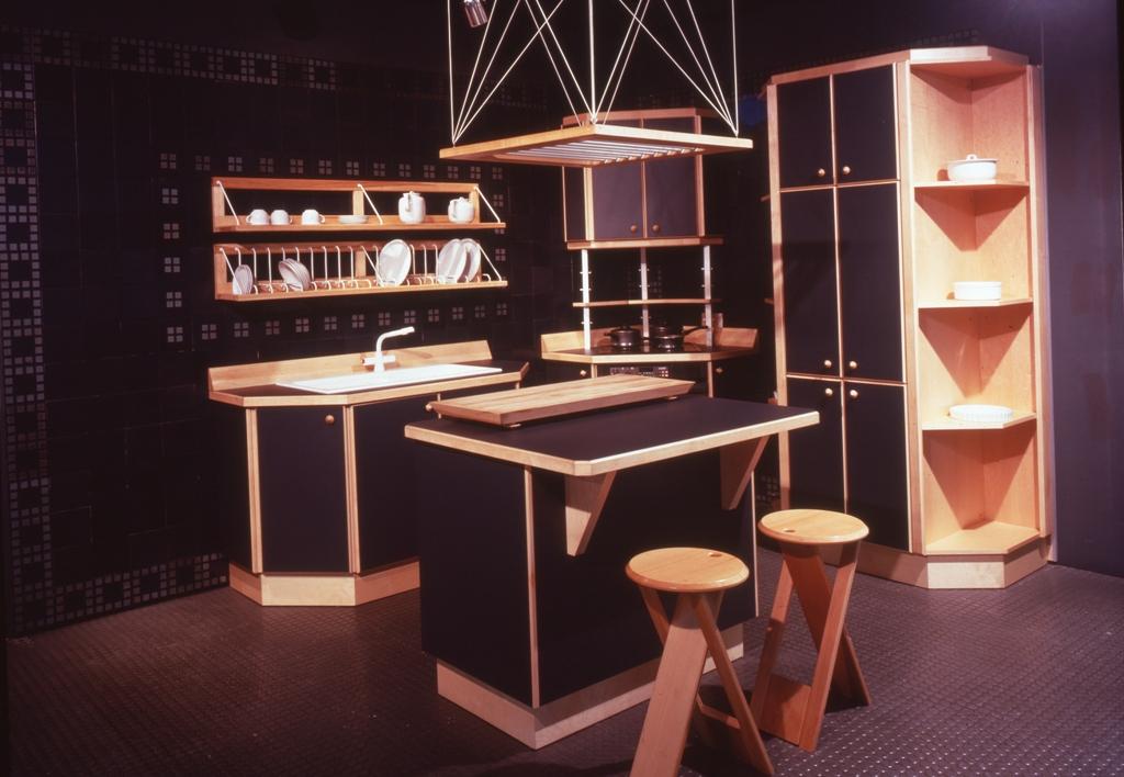 Lewis Design London - Black Kitchen (3)