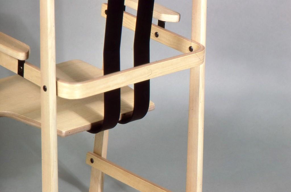 Lewis Design London - Dinging Chair (5)