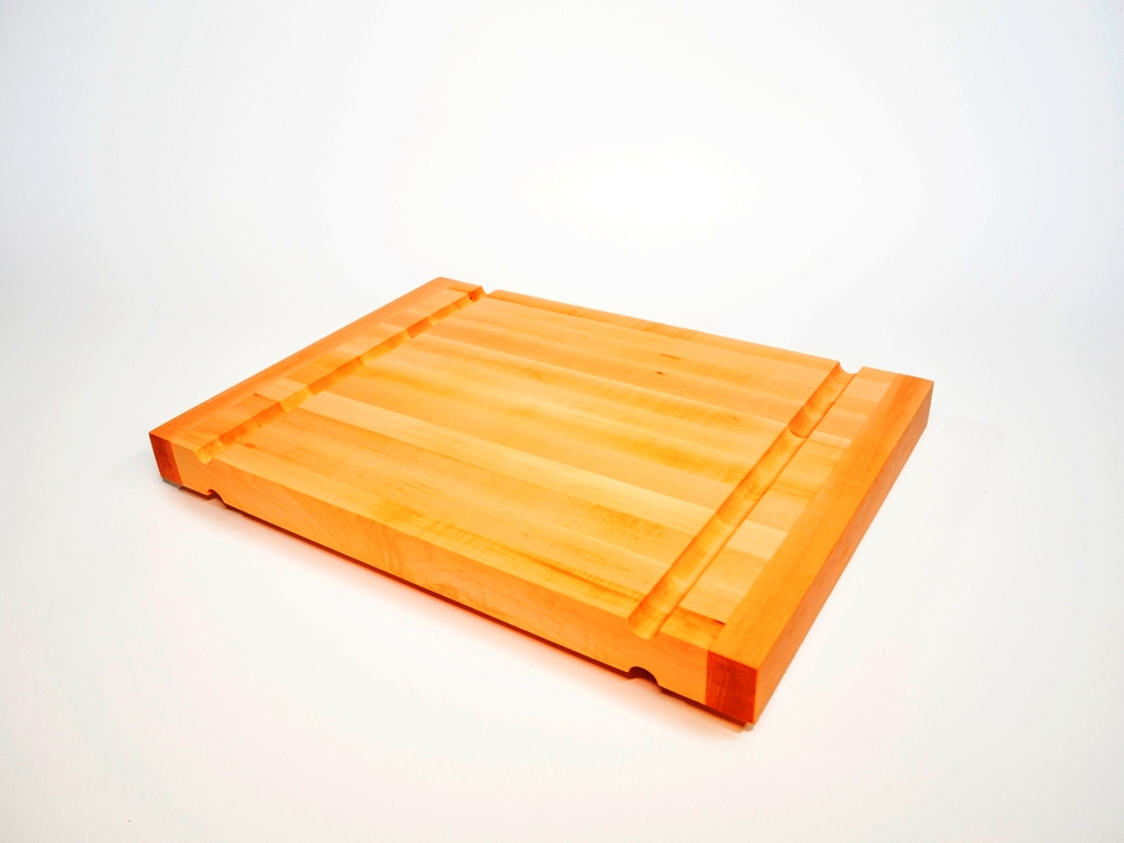 Lewis Design London - Maple Chopping Board - Short (1)