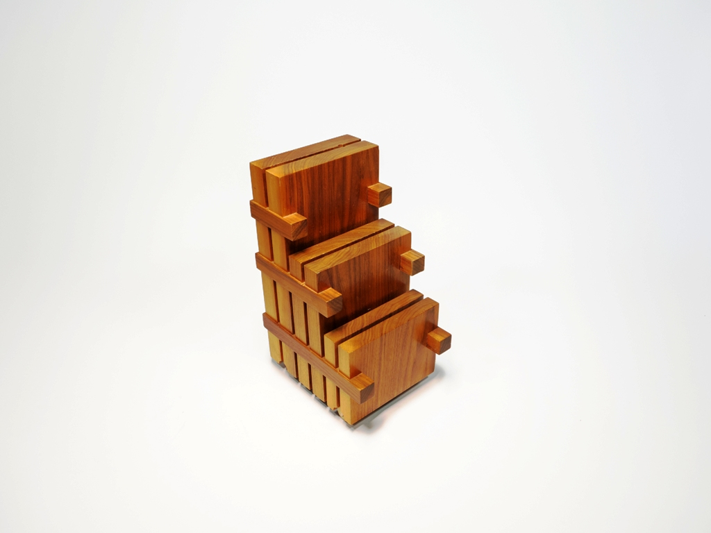 Lewis Design London - Walnut Knife Block  (1)