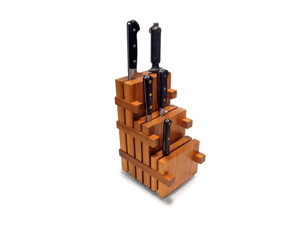 Lewis Design London - Walnut Knife Block  (2)